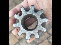 cast metal spur gear,pinion gear with bespoked cast iron items